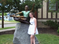 """Statue of """"Girl Reading"""""""